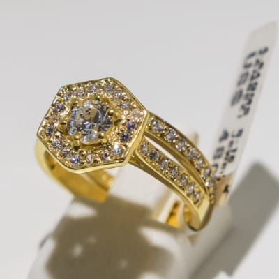 Wedding set yellow gold 9k and crystal 2-shank hexagon ring image