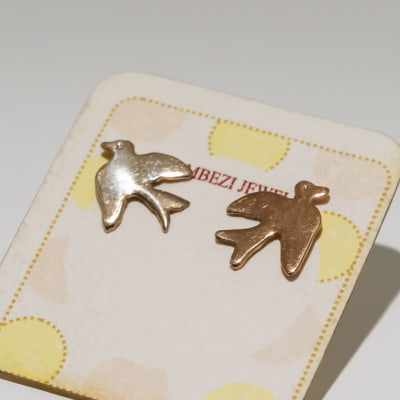 Silver earring dove stud image