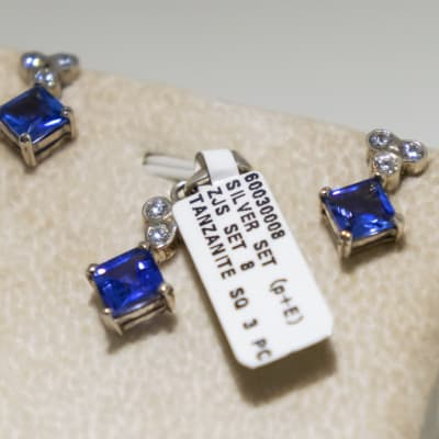 Silver and white gold plated square tanzanite gemstone with three swarovski crystals pendant earring set image