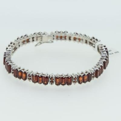Silver chain linked red garnet bracelet image