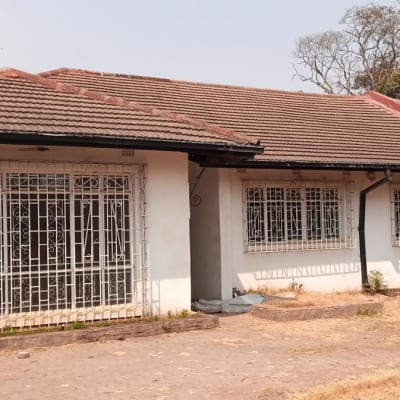 4 bedroom house for sale in Woodlands (Zambia) image