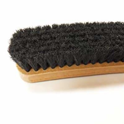 Shoe brush image