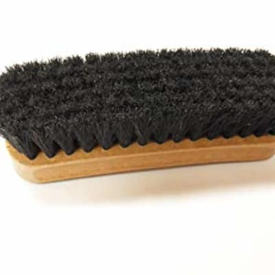 Shoe brush image