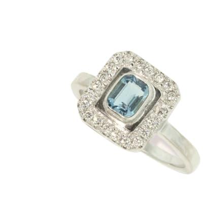 White Gold Aquamarine  Classic Ring  image