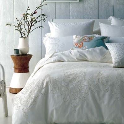 Rosie Bed image