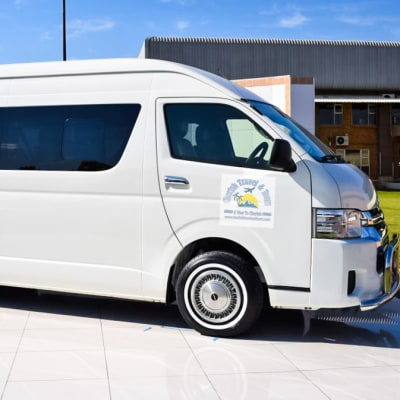 Livingstone LVI Airport Transfers to Livingstone hotels & lodges image
