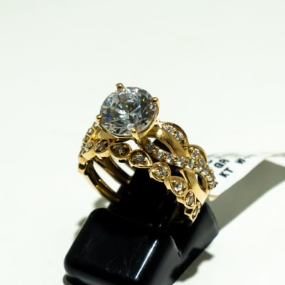 Yellow gold 9k 3-band wedding set split ring brilliant round ring with crystal gemstones image