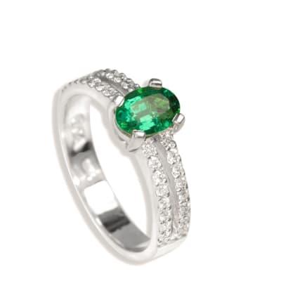 White Gold Emerald  Split Shank Ring image