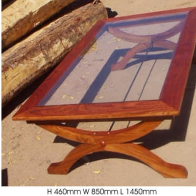 Colonial legs side Coffee table image