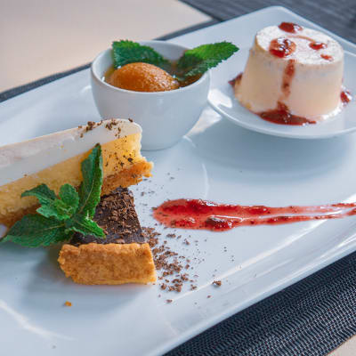 Desserts - Dessert Platter image