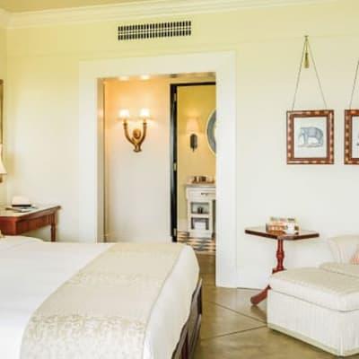 Deluxe Corner Room image