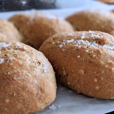 Tansi Kitchen -  Seeded Dinner Rolls 6'S image