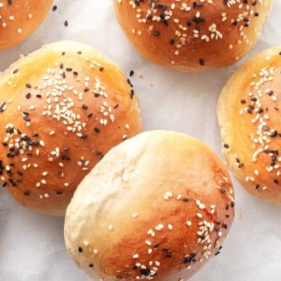 Tansi Kitchen - Tansi Kitchen - Seeded Hamburger Rolls 12'S image