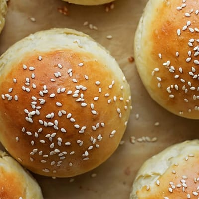 Tansi Kitchen -  Seeded Hamburger Rolls 6'S image
