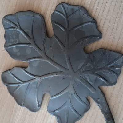 Ornamental Tree Leaf 001 image