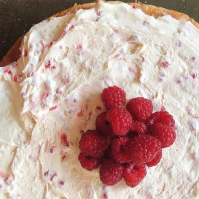 Tansi Kitchen - Nutty raspberry and cream genoise sponge image