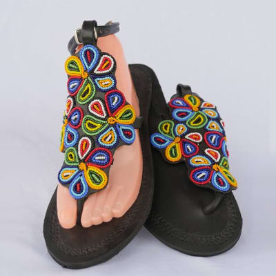 Black leather sandals with flowers of beads image