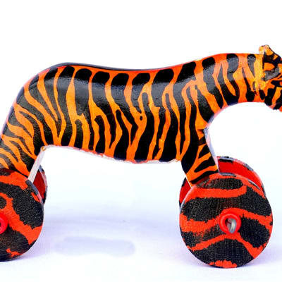 Hand painted wooden tiger image