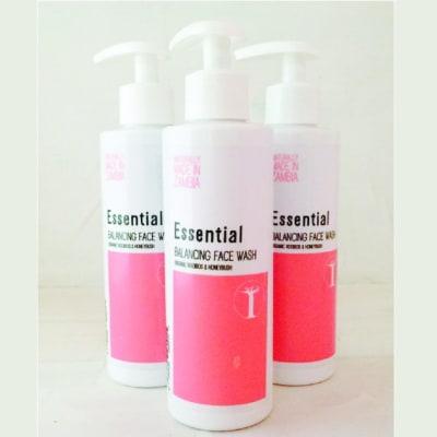 Essential Balancing Face Wash Rooibos  Honeybush image