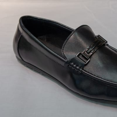 Casual Shoe Moccasins - Men's black with buckle image