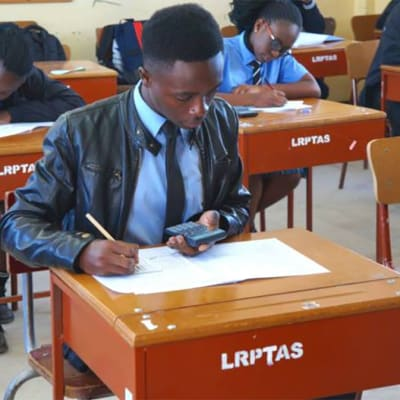 Secondary - Grade 10-12, early bird, continuing pupils image