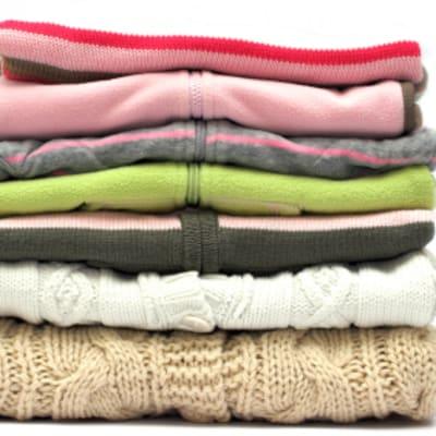 Bulk laundry - wash and fold image