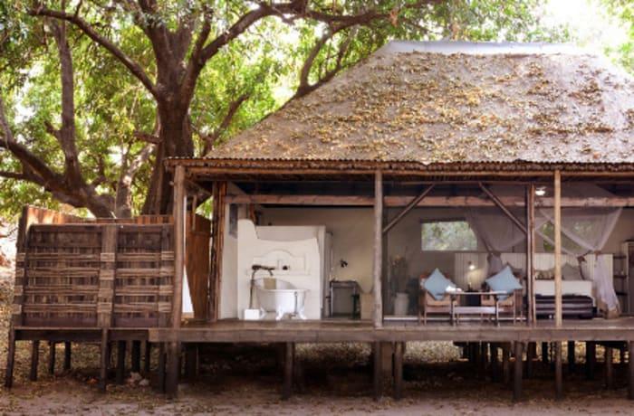 Chiawa Camp, safari tents VII-VIII