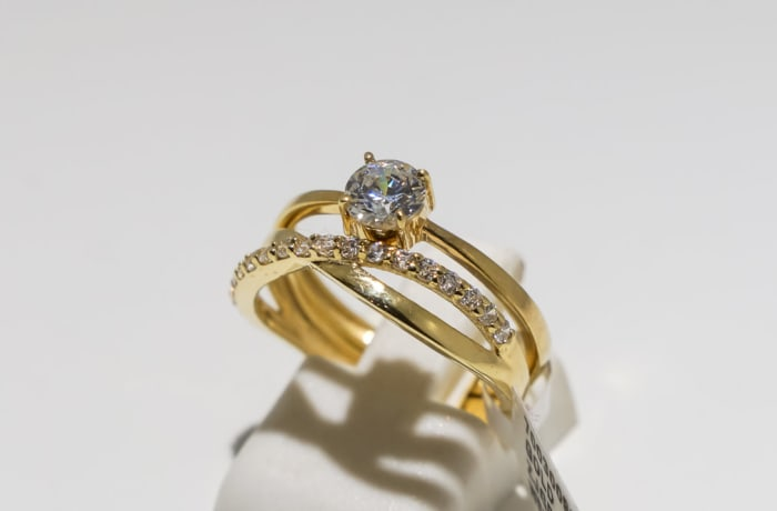 Wedding set yellow gold 9k ring with crystals