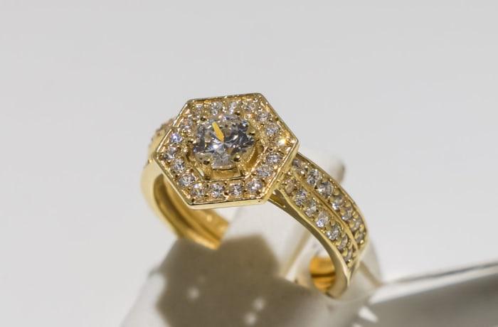 Wedding set yellow gold 9k and crystal ring