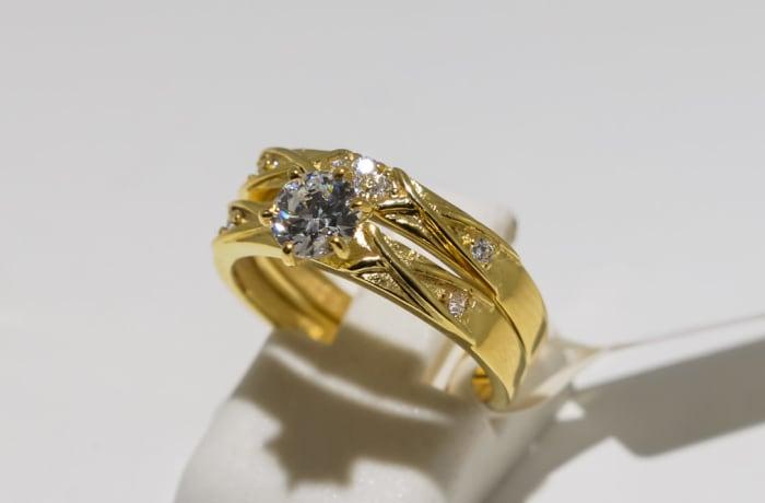 Wedding set yellow gold 9k two band crystal ring