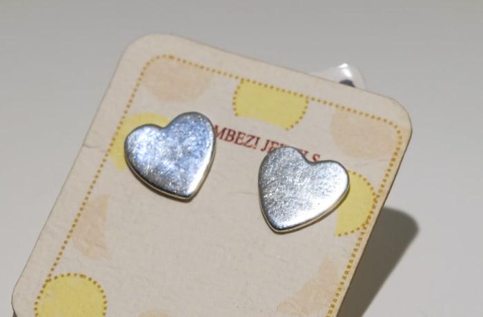 Silver earring heart  stud