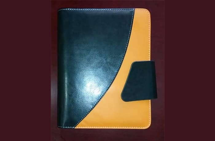2019 Diary A4 Two Tone Planner