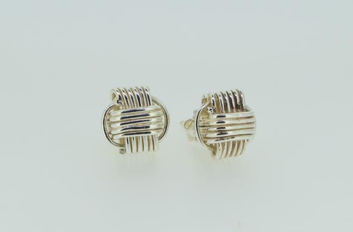Silver earrings, wire pattern