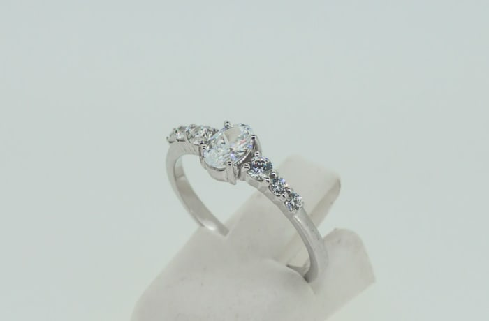 Engagement white gold 9k and solitaire crystal ring with 6 crystals on band