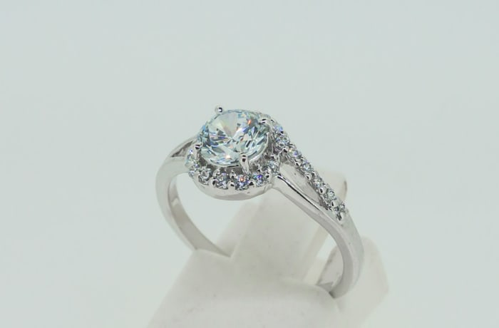 Engagement silver and halo crystal cluster ring