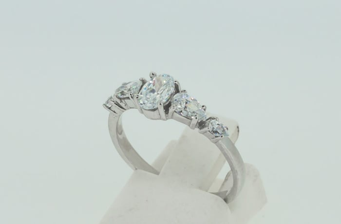 Engagement silver and 5-crystals ring