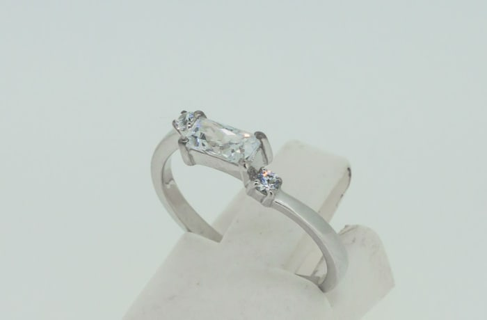 Engagement silver and 1-baguette cut crystal + 2-crystals ring