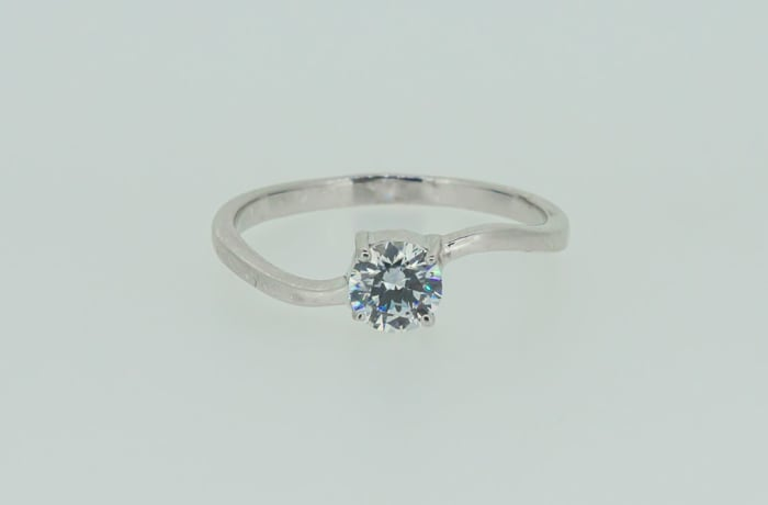 Engagement silver and crystal princess solitaire ring