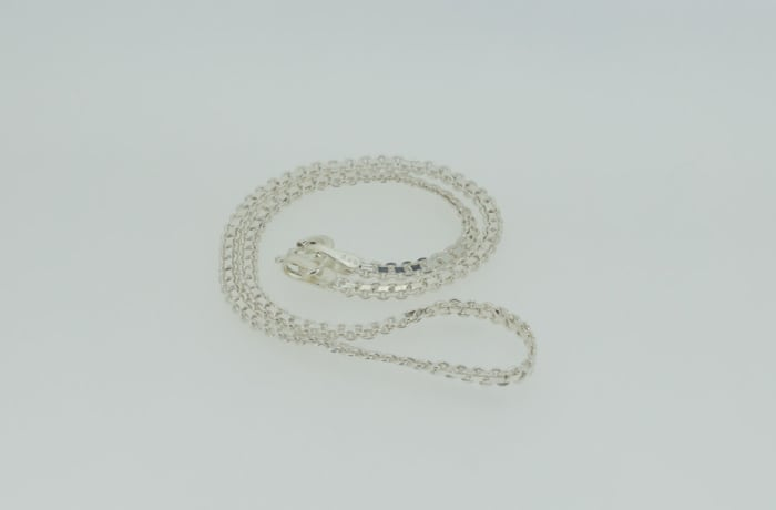 Crystal linked necklace