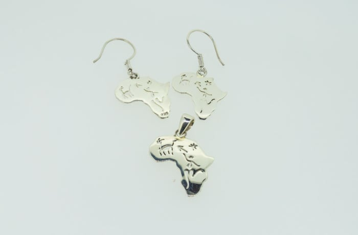 Silver Africa map pendant and earring set