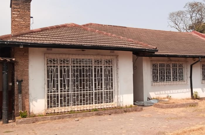 4 bedroom house for sale in Woodlands (Zambia)