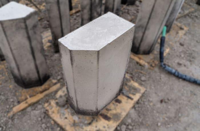 Acil - Kerbstone 50x30