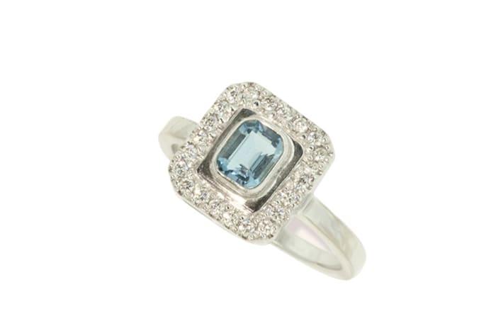 White Gold Aquamarine  Classic Ring