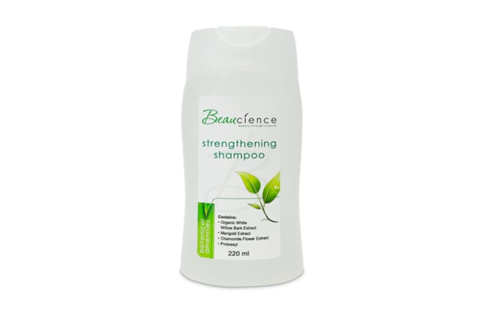 Botanicals Strengthening Shampoo 220ml