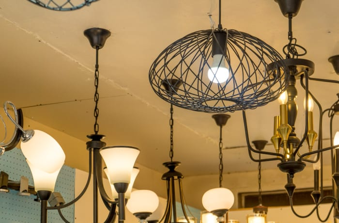 Lights and lighting accessories image
