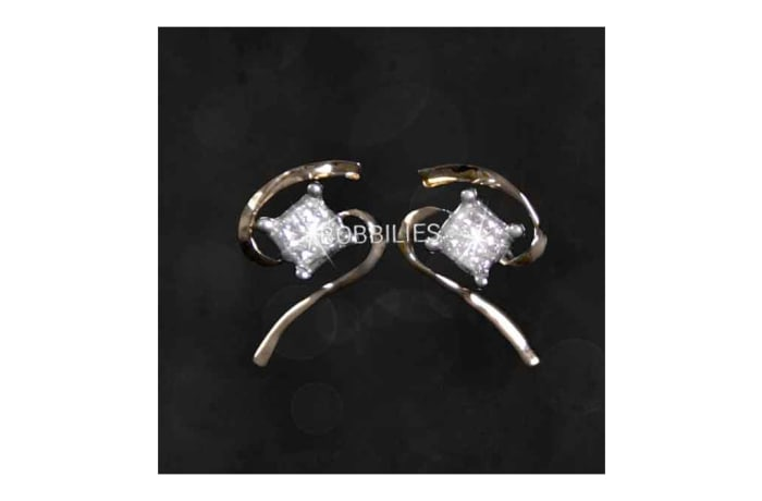 Earrings - Diamond inserts on S