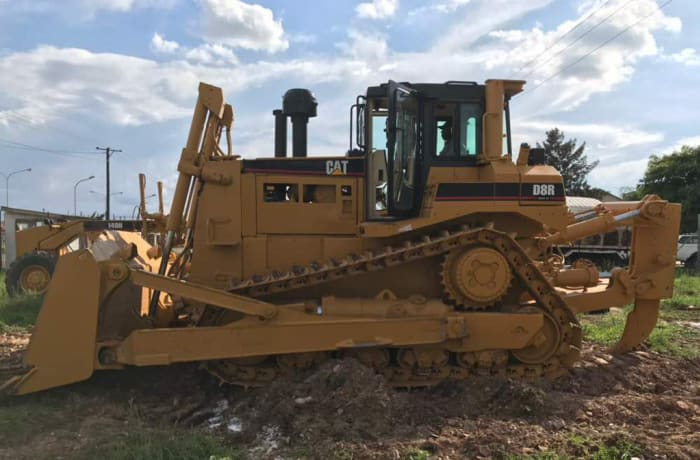 Acil - CAT Caterpillar D8R Bulldozer
