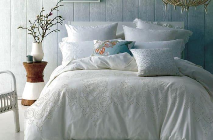 Rosie Bed