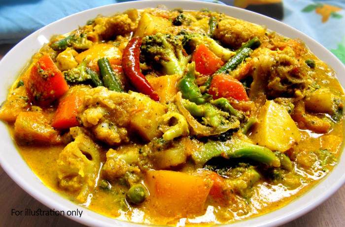 Main Courses - Vegetarian Mixed Vegetable Curry