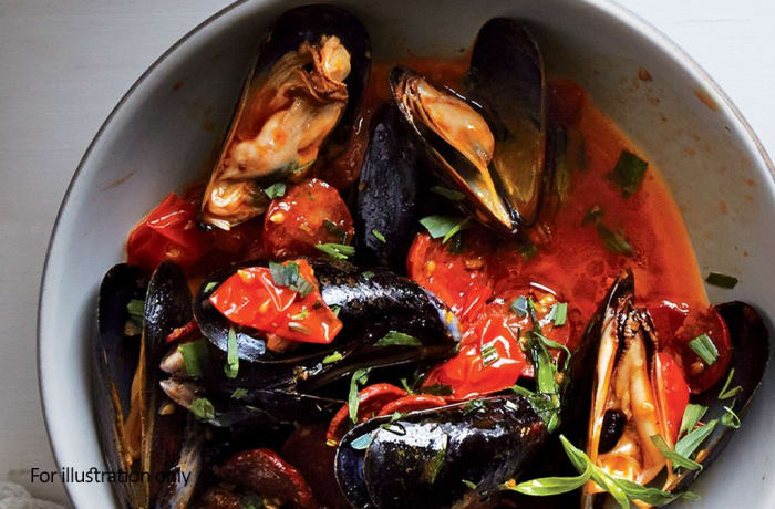 Starters - Mussels in a Tomato Broth